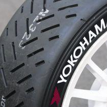 Yokohama A006T 210/625R17